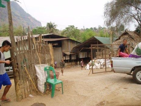 08 Main Entrance @ Mae la Camp.jpg
