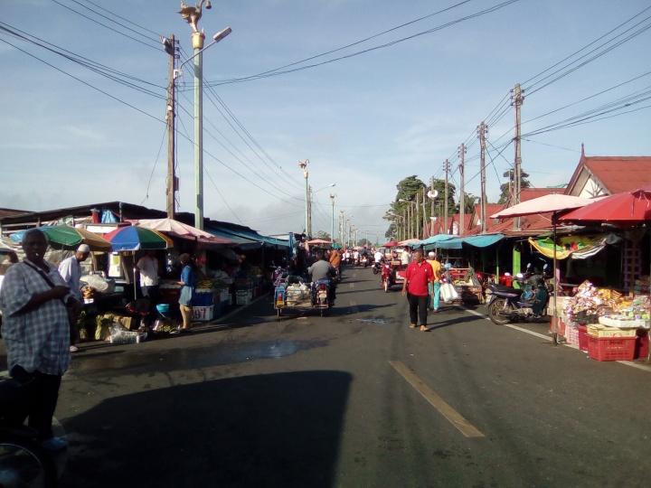 Tak Bai Morning Market Facing East 20180428@084701