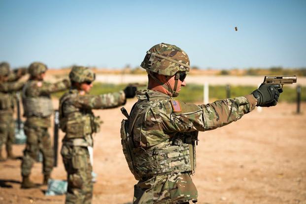 M17-MHS-soldier-shoots-1800