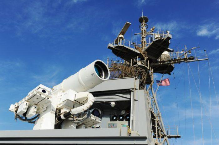 Navy-laser-LaWS-aboard-USS-PONCE-AFSB-141116-N-PO203-042-768x511